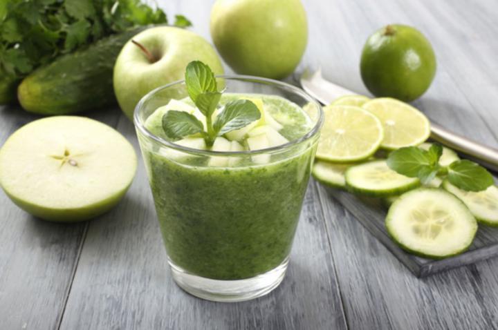 Receta de zumo de pepino y manzana
